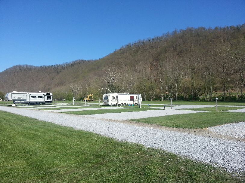 Shadrack campground passport america camping rv club for Camping bristol motor speedway