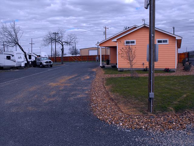 Pleasanton (TX) United States  city pictures gallery : 754 Humble Camp Rd, Pleasanton, TX 78064 United States