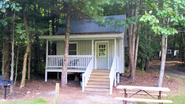 Montebello camping and fishing resort passport america for Montebello cabin rentals